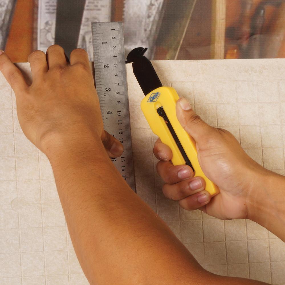 Slide-Lock Scoring Knife